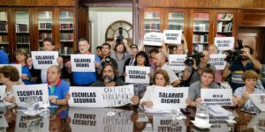 """Los docentes bonaerenses arranca la semana con el paro 26 en rechazo a la """"vergonzosa propuesta"""""""