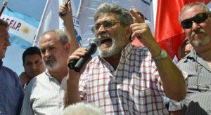 Pihen le salió al cruce a Mestre por sus dichos contra el pase a planta de 4.200 contratados en la Provincia