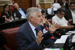 Gutiérrez habló del «cambiazo» de Macri y del «modelo de Ramoncito en la Capital»