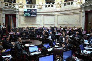 """El Senado sancionó la """"Ley Micaela"""""""