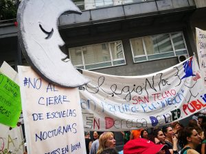 Docentes porteños protestaron contra el cierre de escuelas nocturnas
