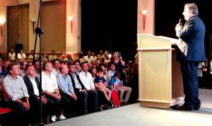 """Lanzado en su carrera a la gobernación, Negri dijo que este es """"el comienzo del cambio en Córdoba"""""""