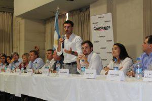 En cónclave aguadista-macrista, De Loredo le apuntó al candidato del PJ (Llaryora): tiene que aprender «nuestra tonada»