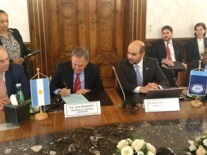 Acuerdo por USD 60 millones para avanzar con los sistemas cloacales de Punilla, Traslasierra y Sierras Chicas
