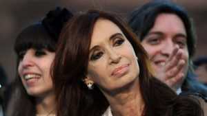 Piden elevar a juicio la causa Hotesur contra Cristina Kirchner y sus hijos