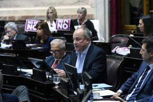 Senado: Marino negó haber abusado sexualmente a una empleada de la Cámara