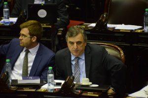 """Negri volvió a cargar contra el PJ cordobés por la """"doble candidatura"""""""