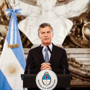 Al anunciar la firma del DNU por la extinción de dominio, Macri afirmó que «en la Argentina de hoy, el que las hace las paga»