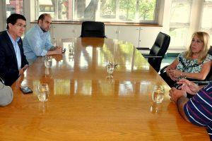 Coordinan acciones para el lanzamiento de diplomaturas para el sector productivo