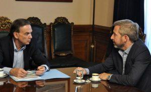 El Gobierno acordó con el Peronismo Federal el tratamiento de proyectos clave y no habrá extraordinarias