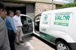 Coches eléctricos para asistencia y supervisión del sistema de recolección de residuos