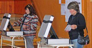 El 12 de mayo, en La Falda, Marcos Juárez y Cosquín se sufragará con voto electrónico