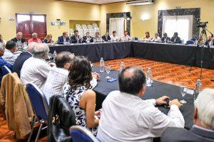 Urtubey destacó la participación social en el desarrollo de políticas públicas en Salta