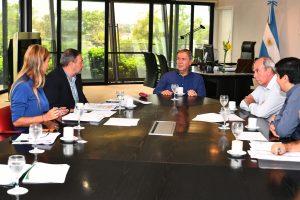 Tras la operación, Schiaretti retomó su agenda con una reunión enfocada en el plan de viviendas