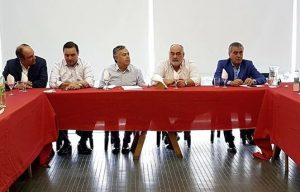 Cornejo formalizó la intervención de la UCR Santa Fe