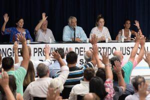 Sigue la pelea de los hermanos Rodríguez Saá por el poder