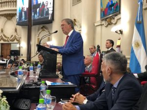 Con discurso de «futuro», Schiaretti le apuntó al Gobierno nacional e insistió en la defensa de los intereses de Córdoba