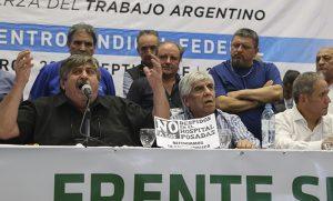 """Acusan al Gobierno de hacer una reforma laboral """"de prepo"""""""
