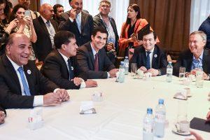 Con una carta explosiva, Manzur se alejó de Alternativa Federal y pide unidad con CFK