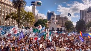 Abuelas de Plaza de Mayo pidió por «los nietos que faltan encontrar» y criticó duro al Gobierno de Macri
