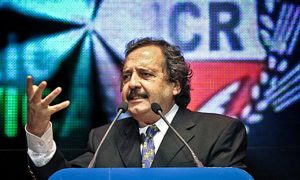 «Si la mayoría decide ir con Lavagna, la UCR debe ser orgánica», advirtió Alfonsín
