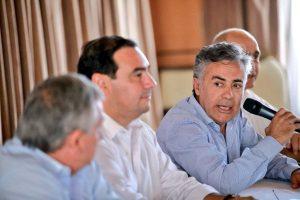 A contramano de la Casa Rosada, Cornejo pidió que haya internas en Córdoba