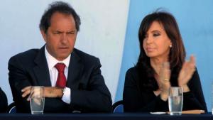 Scioli dijo que «los pibes de La Cámpora» le llenaban la cabeza a CFK en contra de él