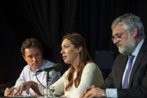 Vidal celebró el acuerdo salarial con los docentes y garantizó «el calendario escolar completo»