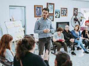 Con la mira puesta en un Estado «eficiente», De Loredo impulsa la doble jornada en el empleo municipal