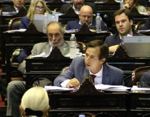 El oficialismo y la oposición cruzaron acusaciones por la red de espionaje ilegal