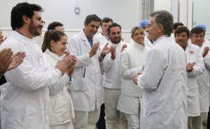 La Argentina está resolviendo «los problemas de raíz sobre bases sólidas y sin engaños ni mentiras», dijo Macri