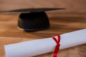 Se puede consultar de manera online el estado del trámite de legalización del título universitario