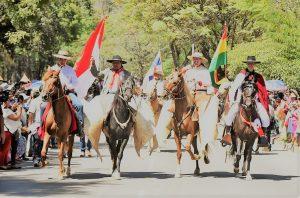 Desde Bolivia, Urtubey abogó por «la construcción de la Patria Grande»