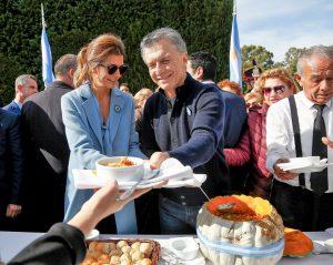 En el tradicional locro patriótico, Macri dijo que «el cambio lleva esfuerzo»