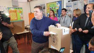 Tras votar, Negri renovó su crítica: «Hemos competido contra el Estado»