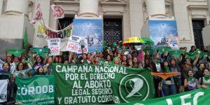 Manifestación en Córdoba por la presentación del proyecto de «aborto legal» en el Congreso