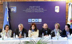 De cara a octubre, fuerte señal de CFK a la unidad del peronismo y el llamado a un «frente patriótico»