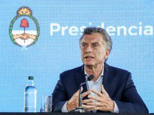 Macri oficializó la convocatoria a actores de la política, el empresariado y los gremios para acordar políticas públicas esenciales
