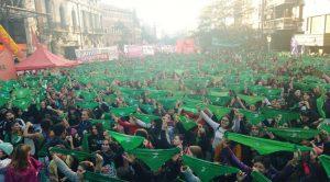 Masiva protesta en Córdoba para apoyar el proyecto de «aborto legal» en el Congreso