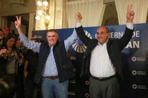Con los primeros resultados, Manzur celebró y le dedicó el triunfo a la fórmula Fernández – Fernández