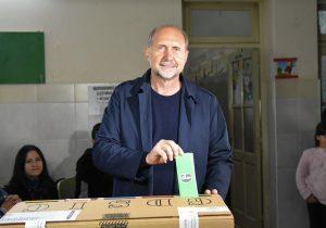 El vencedor de las elecciones santafecinas pidió trabajar por «una unidad amplia del peronismo»