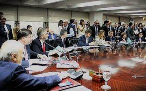 El macrista Tonelli rechazó el reclamo de senadores de apartar a Pichetto