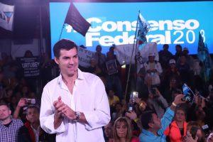 Urtubey insistió en su rechazo a la grieta: «Hay vida en Argentina sin Macri y sin Cristina»