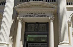 El Banco Central decidió evaluar la meta monetaria en forma bimestral