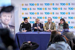 Fernández habló de que Macri es el «problema» de la Argentina