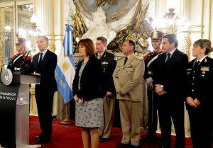 En homenaje en Casa Rosada, Macri llamó «héroes» a los caídos de fuerzas de seguridad