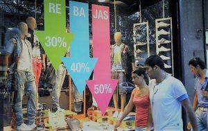 Las ventas minoristas volvieron a caer 10,2% en junio