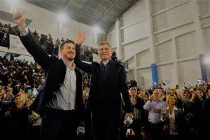 """En cierre de campaña en Rosario, Macri reafirmó que en las PASO se define """"si seguimos avanzando o volvemos al pasado"""""""