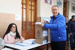 Al desear que la Argentina supere la grieta, Schiaretti pidió por diputados que defiendan a Córdoba en el Congreso