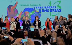 CFK dijo estar «despojada de cualquier vanidad» y que quiere «ayudar a unir a los argentinos»